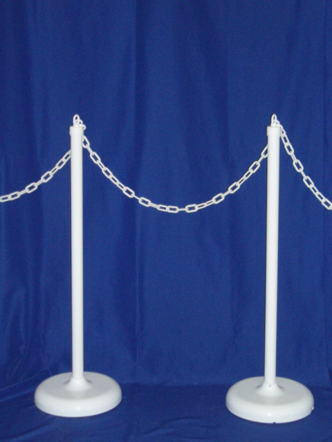 STANCHIONS WHITE W/ CHAIN