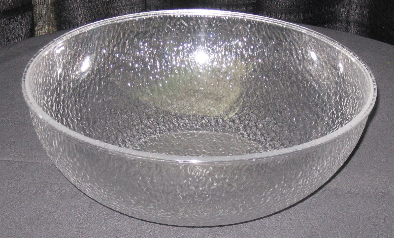 "BOWL PLASTIC 19"" SERVING 24 QT"